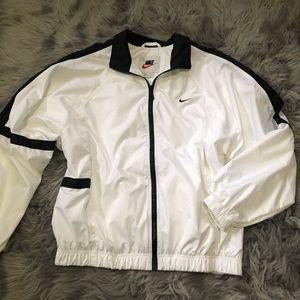 Vintage white Spell Out Nike windbreaker